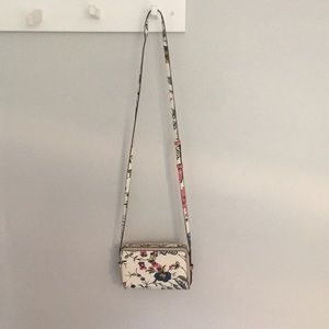 BRAND NEW! Tory Burch floral crossbody bag.